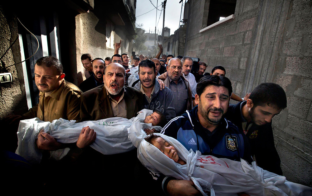 Gaza Burial © Paul Hansen, Photo of the Year, World Press Photo 2012